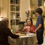 Nono bij Lola en Felix aan tafel